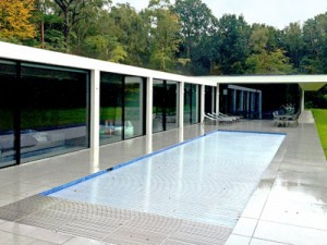 Flat Roofs on Modernist Houses - Grand Designs Edge Detail