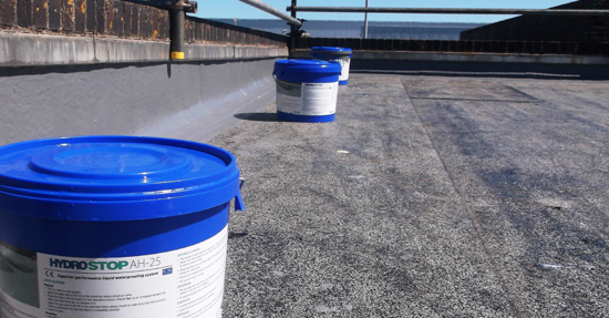 Roofwise 3 Sept 2016 How to set out tubs of adhesive on the rooftop tubs pic v2