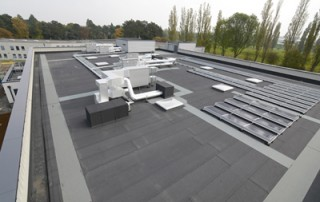 flat roof school extension with pv and plant